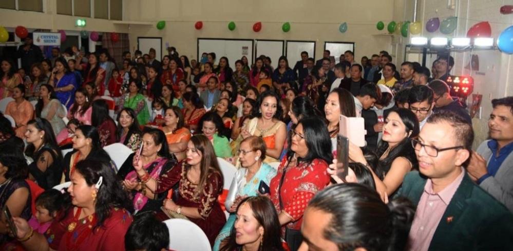 पिटरवोरो नेपाली  समाज युकेले भव्यरुपमा मनायो दशै शुभकामना सॉझ